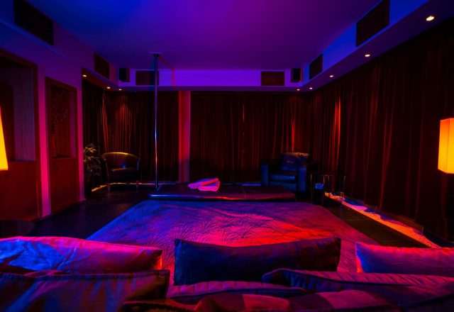 club-prive-private-room-02